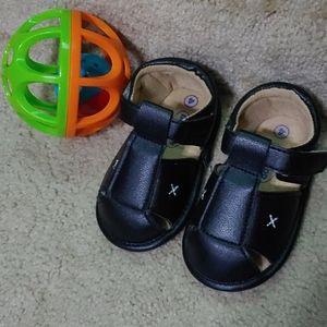 Black Walker Sandals W Cushion Soles Velcro